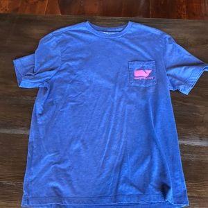 Vineyard Vines men's shirt sleeve tee